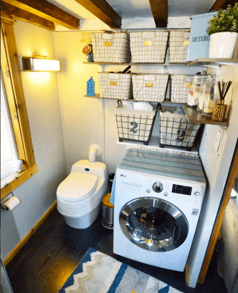 Beau Tiny House Composting Toilet